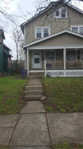 520 E Tompkins Street #520 Photo 1