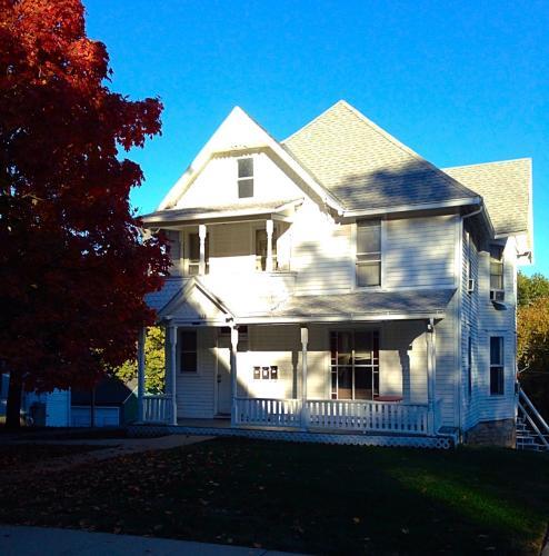 1128 Ohio Street #1 Photo 1