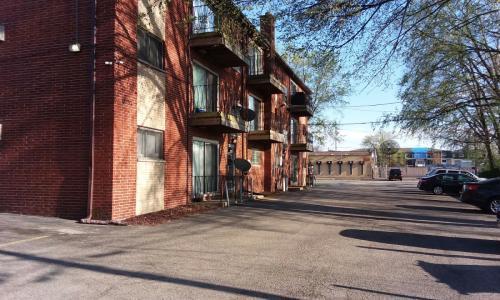 10220 Ridgeland Avenue #B4 Photo 1