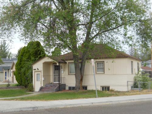 1430 S Longmont Avenue Photo 1