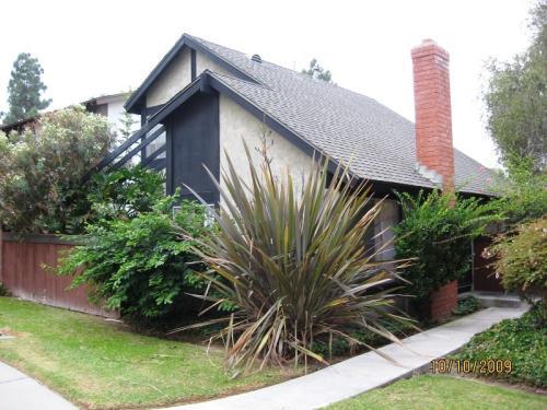 10695 Esmeraldas Drive Photo 1