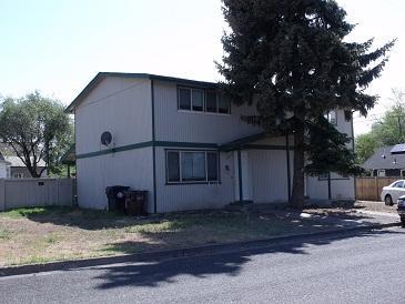 1118 SW Deschutes Ave Photo 1