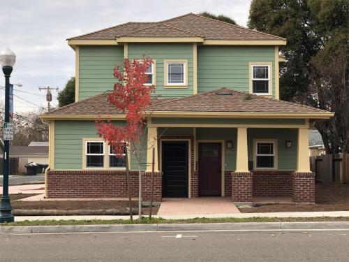 210 Taylor Street #1 A Photo 1