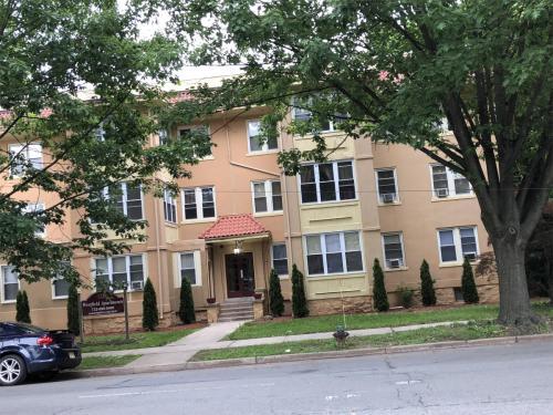 1320 W State Street #3C Photo 1