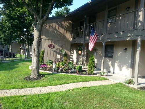 435 Gaffney Drive Photo 1