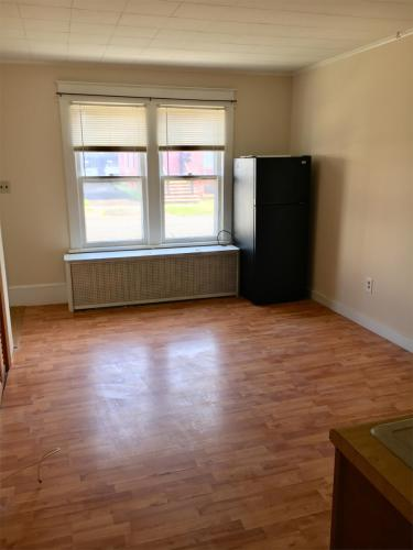 926 24th Street - 1a Studio Photo 1