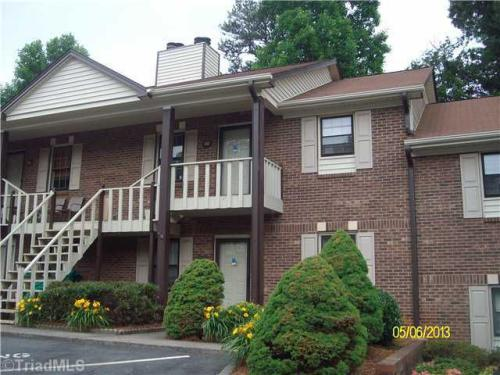 212 Olde Vineyard Court Photo 1