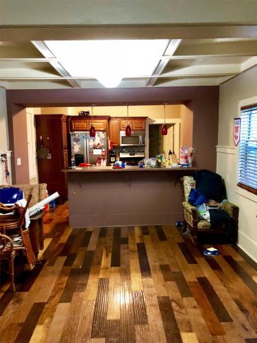 2522 Delaware Avenue 2nd Floor Photo 1