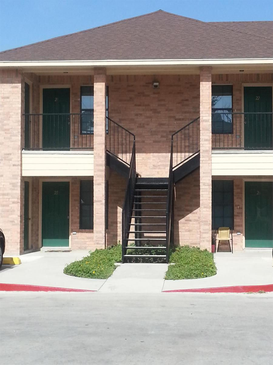 Apartment Unit 1 at 2025 Old Port Isabel  Brownsville  TX 78521   HotPads. Apartment Unit 1 at 2025 Old Port Isabel  Brownsville  TX 78521