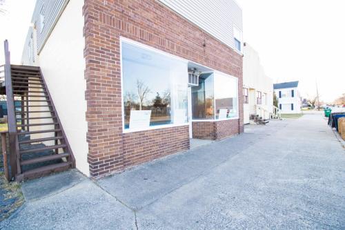 2751 Dekalb Street - Store Front Photo 1