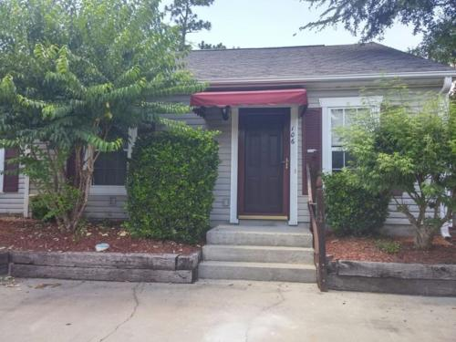 106 Shelby Drive Photo 1