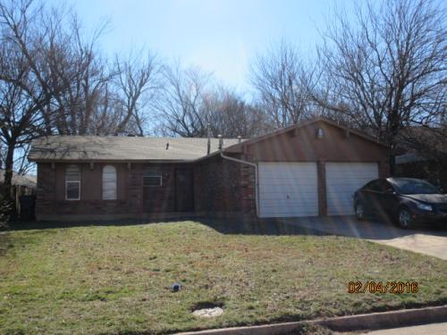 5016 Creekwood Drive Photo 1