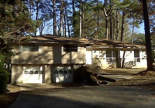 6386 Irma Lee Drive Photo 1