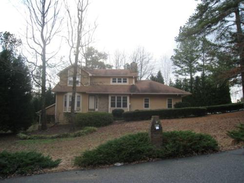 200 Ridgeview Drive Photo 1