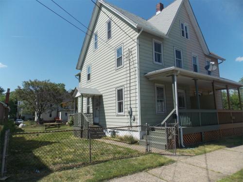 98 Penn Street Photo 1