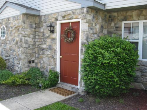 209 Magnolia Drive Photo 1
