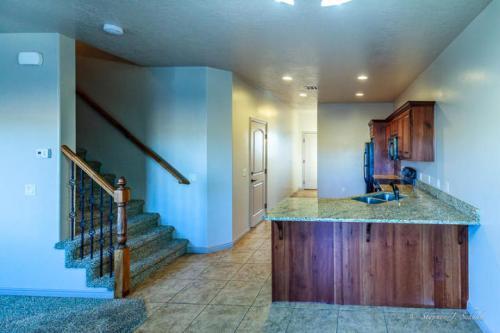 370 W Buena Vista Boulevard 115 Photo 1