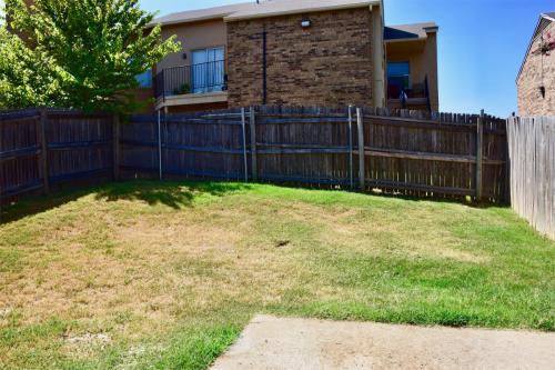 4032 Cottage Park Court Photo 1