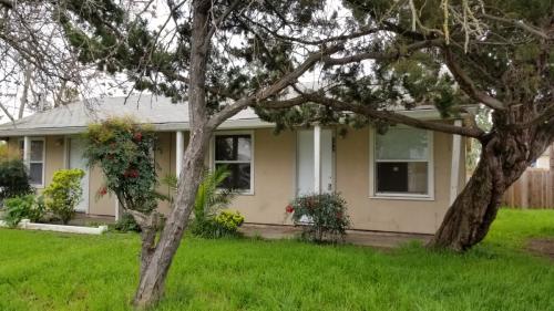272 Ainsley Avenue, Yuba City, CA 95991 | HotPads