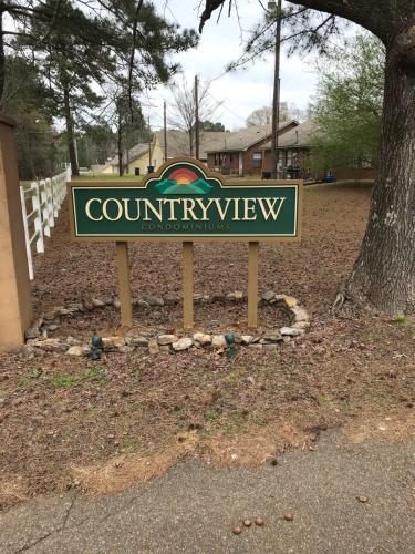 104 Countryview Lane #104 Photo 1