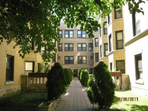 6610 S Kenwood Ave 106 Photo 1