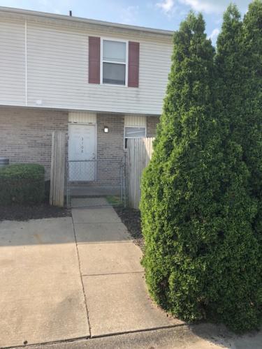 3108 Putnam Avenue #1 Photo 1