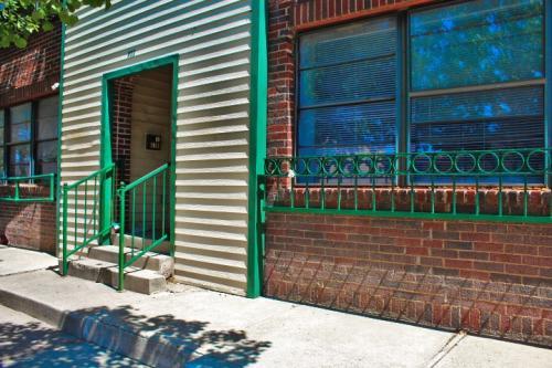 500 SW 10th Avenue Photo 1