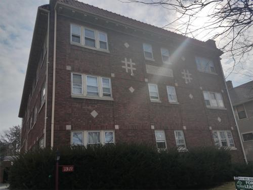 1319 Charles Street #8 Photo 1