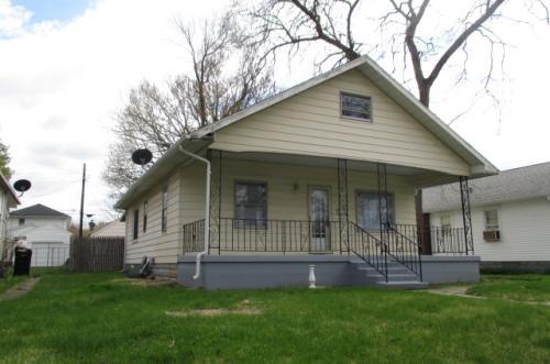 810 E Fairview Avenue Photo 1