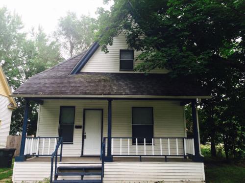 206 Milton Street Photo 1