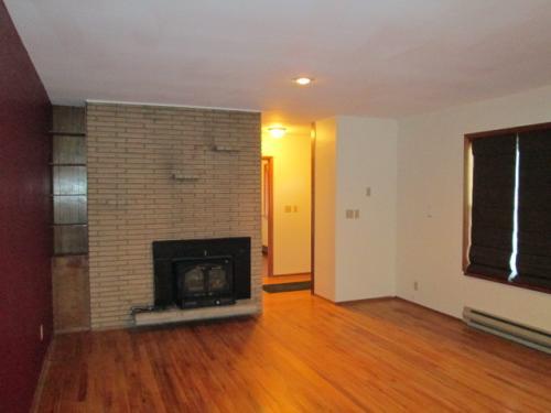 145 NW Webb Street Photo 1
