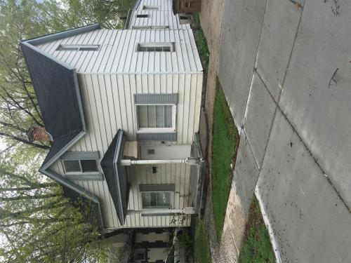 320 E Roosevelt Ave Photo 1