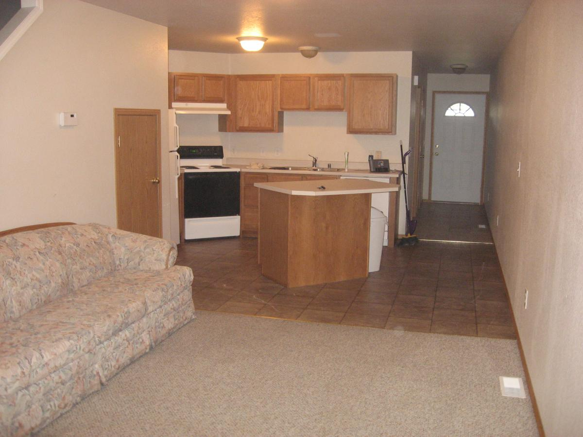 Apartment Unit B at 1914 Wyoming Street, Missoula, MT 59801 : HotPads
