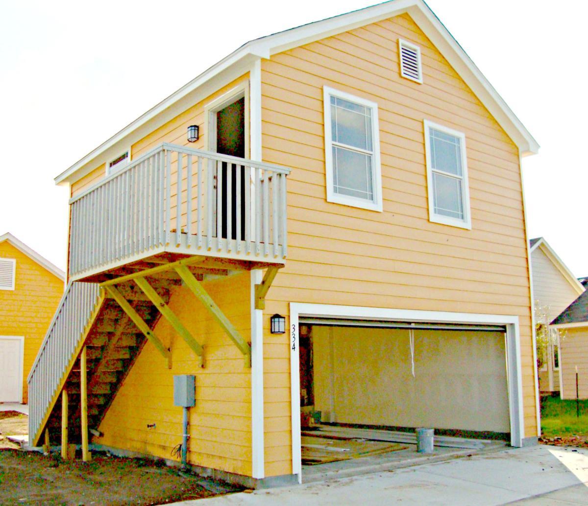 Garages For Rent: 334 Newberry Trail Garage, San Marcos, TX 78666