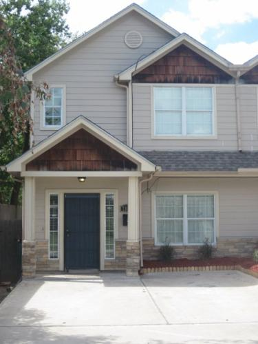 7816 Gladstone Street A Photo 1