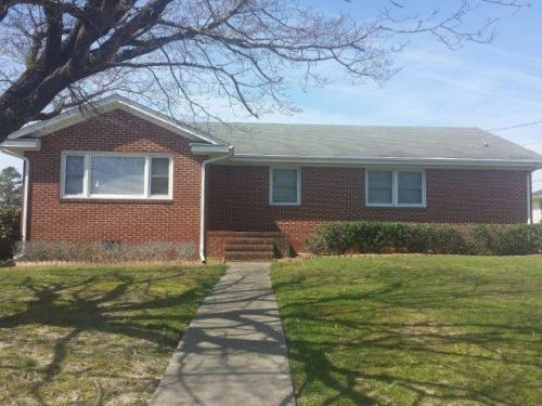 110 Rosewood Ave Photo 1