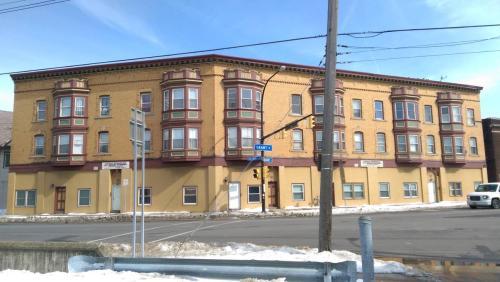 1073 Grant Street #27 Photo 1