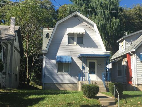 1029 Underwood Place Photo 1