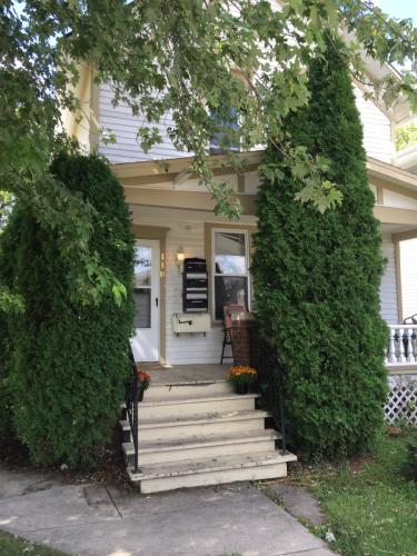 118 S Evergreen Avenue #2F Photo 1