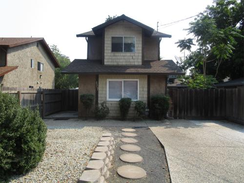 427 Oak Street #CA Photo 1