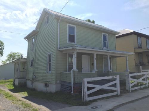 211 Gussie Ave 211A Photo 1