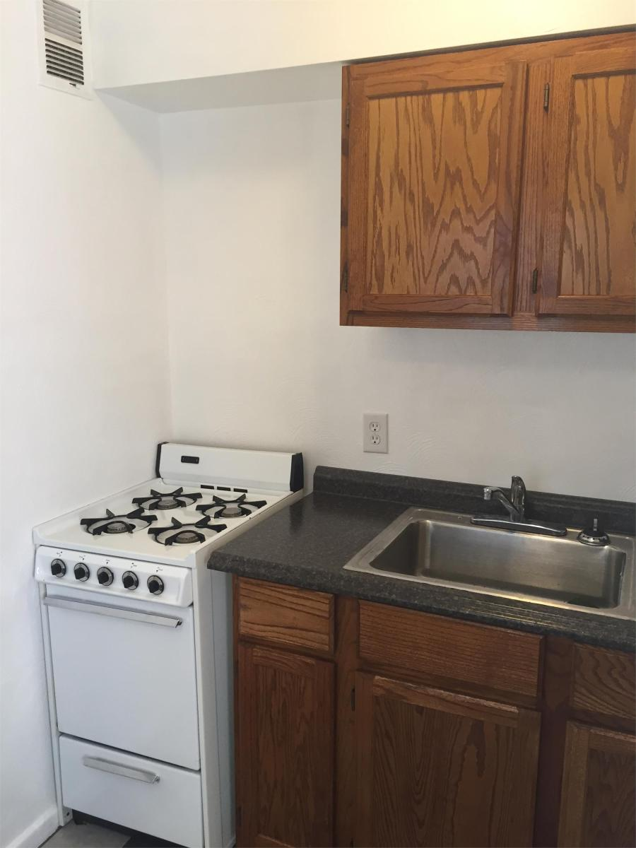 Apartment Unit 4 At 182 W Seaview Avenue Norfolk Va