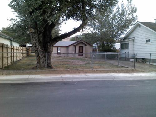 528 W Davis Street Photo 1