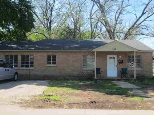 323 Cantwell Photo 1