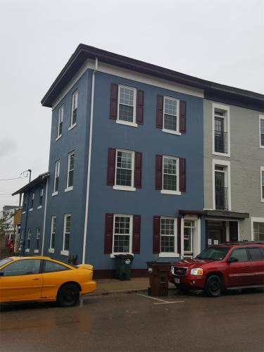 105 E Center Street Photo 1