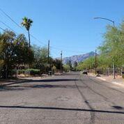 2644 N La Verne Avenue Photo 1