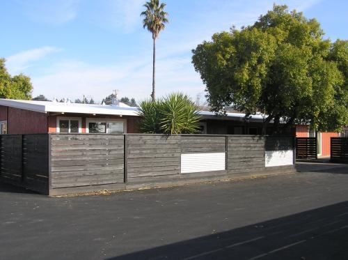 2805-a Ventura Avenue Photo 1