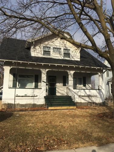 507 Oak Street Photo 1