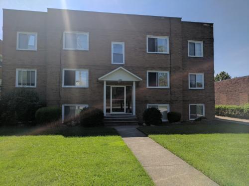 6384 Ridge Rd #5 Photo 1