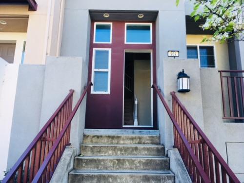 902 Lake Street Photo 1